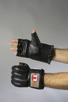 Ju Sports Uni Sandsackhandschuh Cut