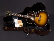 Gibson J-200 Standard Vintage Sunburst