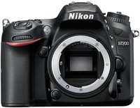 Nikon D7200 Kit 18-200 mm Tamron