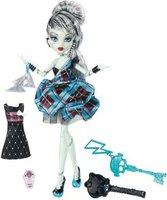 Mattel Monster High Frankie Stein (W9190)