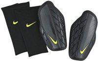 Nike Attack Premium Schienbeinschoner schwarz