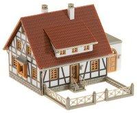 Faller 232215 - Fachwerkhaus mit Gar