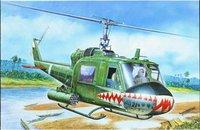 Italeri UH-1C Gunship (00050)