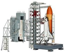 Revell Launch Tower & Space Shuttle (04911)