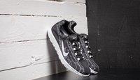 Nike Mayfly black/white