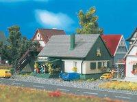 Vollmer 9571 - Wohnhaus mit Laden